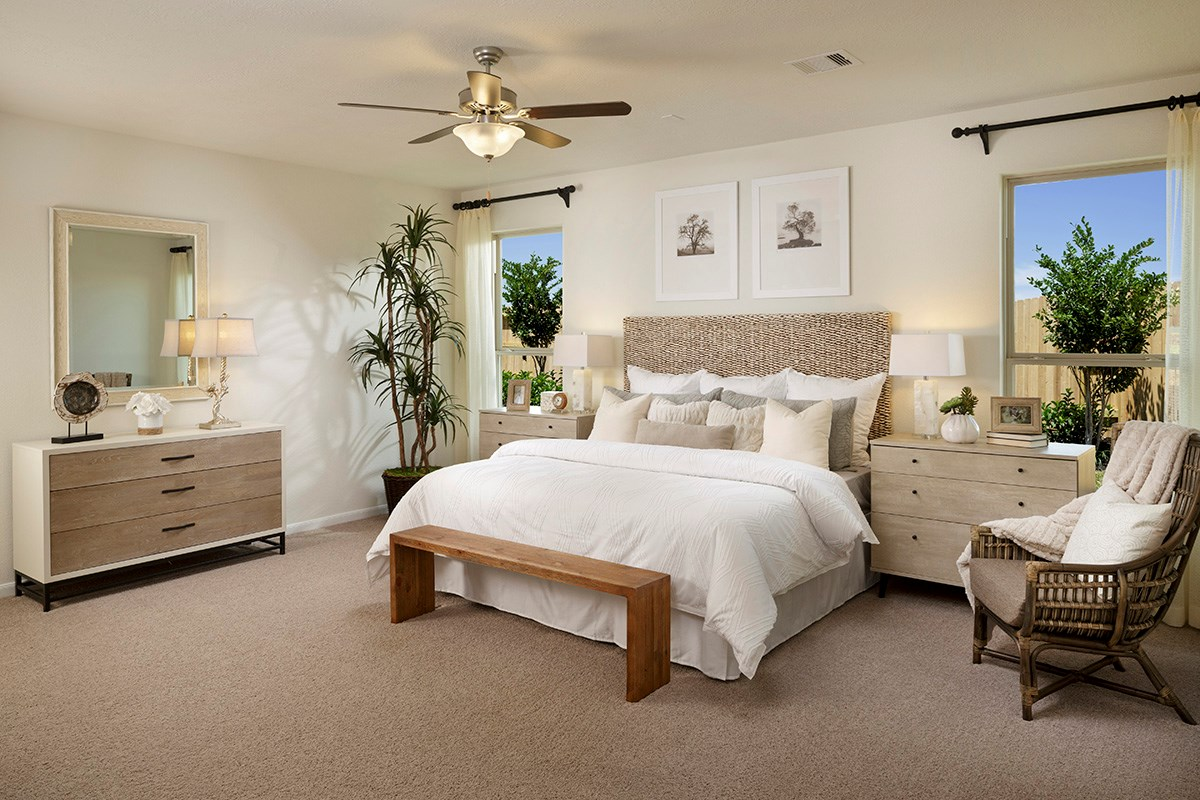 New Homes in Katy, TX - Katy Manor Preserve Plan 2130 Master Bedroom
