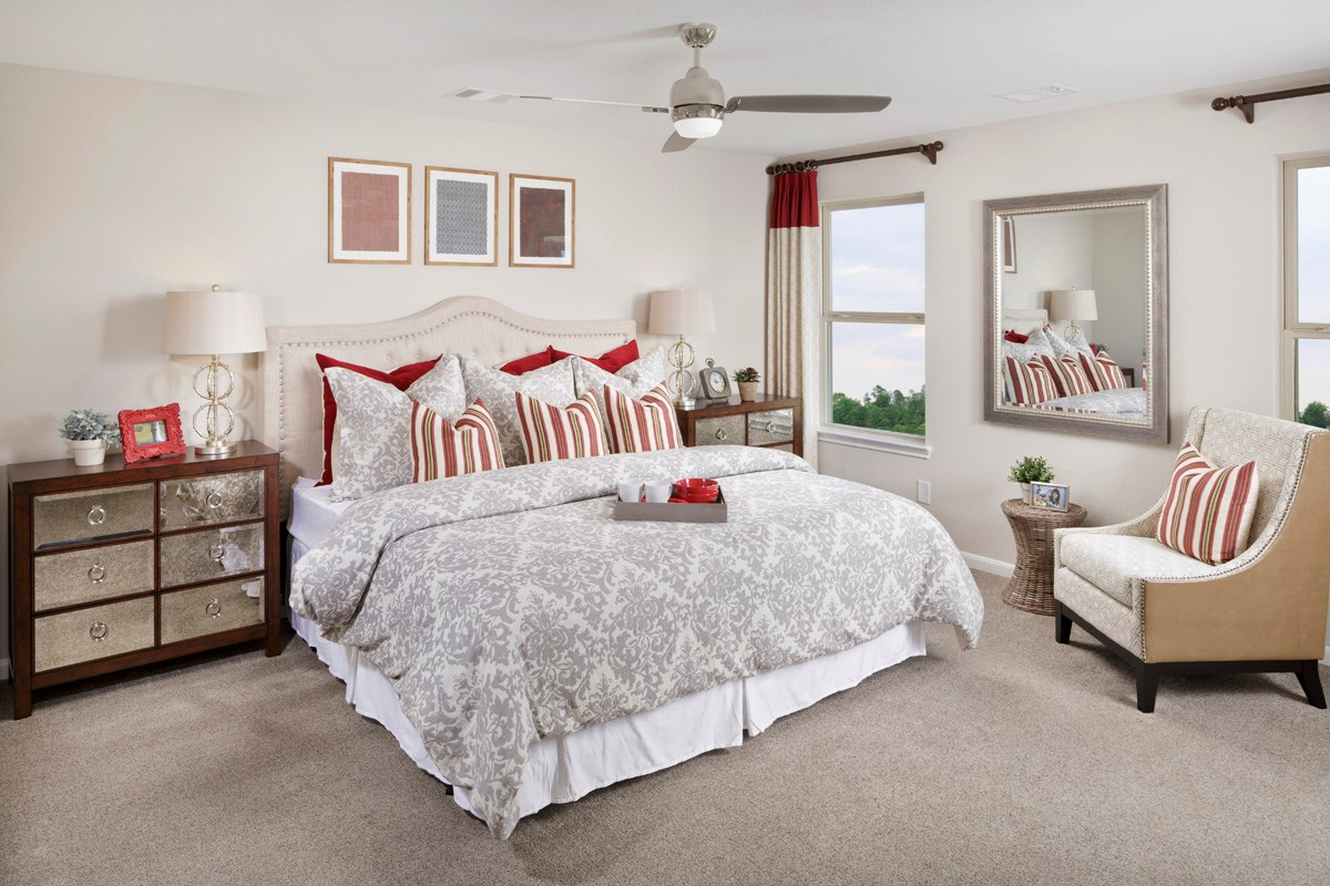 New Homes in Houston, TX - Lakewood Pines Trails  Plan 1864 Master Bedroom as modeled at Katy Manor Trails