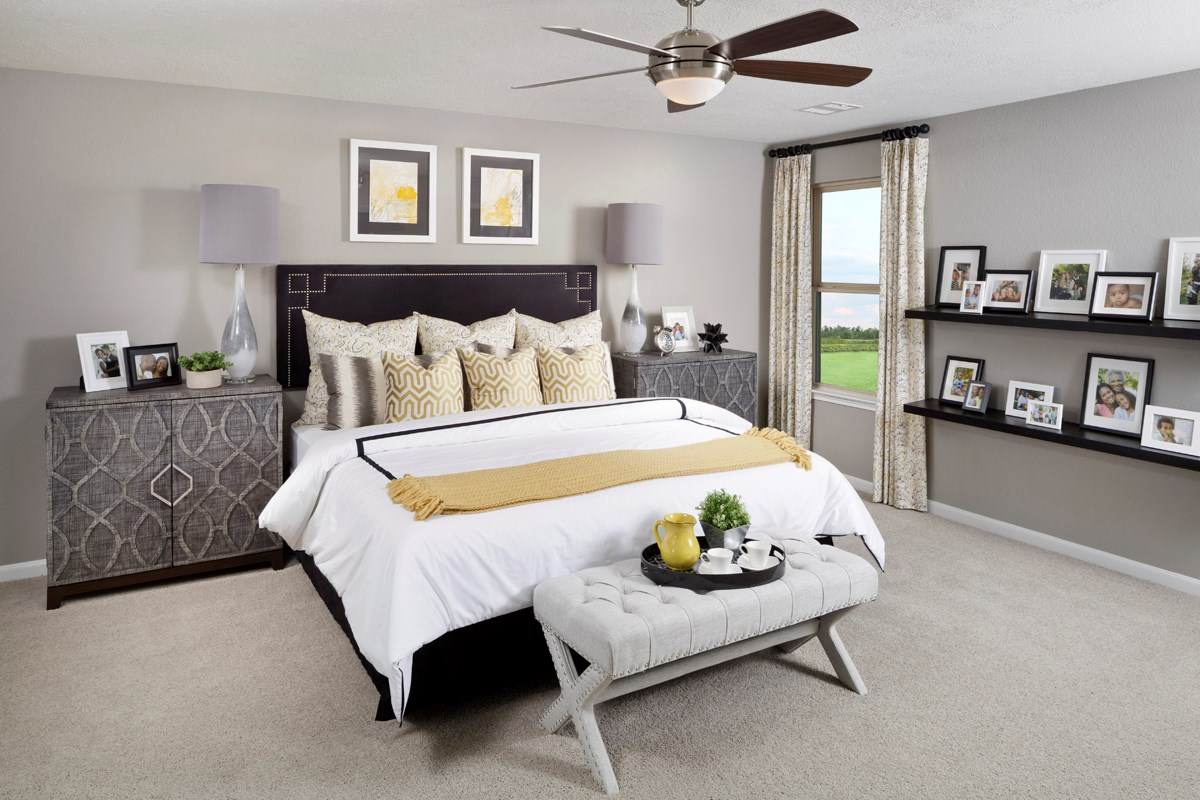 New Homes in Houston, TX - Mills Creek Crossing Plan 2646 Master Bedroom as modeled at Katy Manor Trails