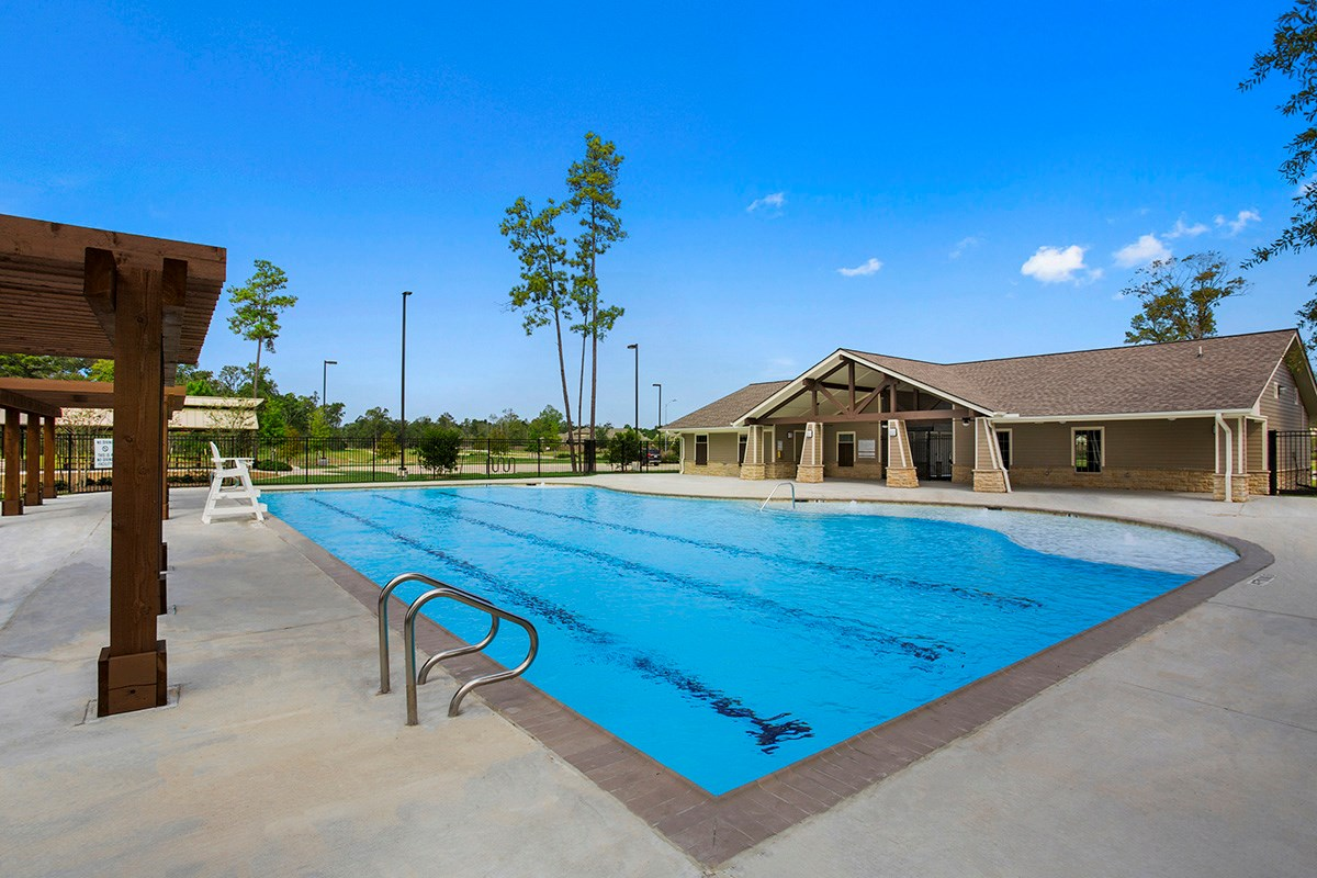 New Homes in Houston, TX - Lakewood Pines Preserve Community Clubhouse and Pool