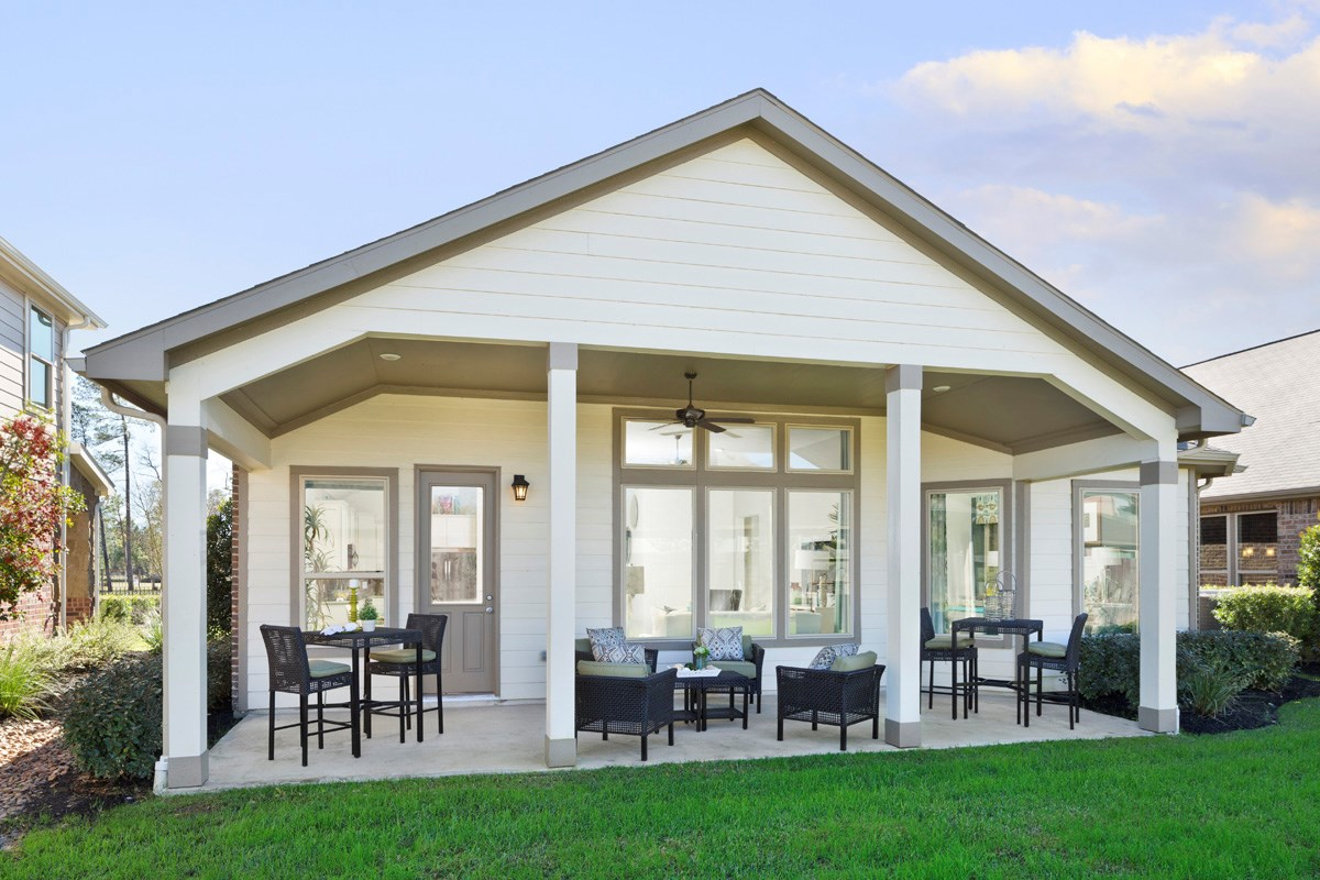 New Homes in Houston, TX - Lakewood Pines Preserve Plan 2715 Outdoor Living