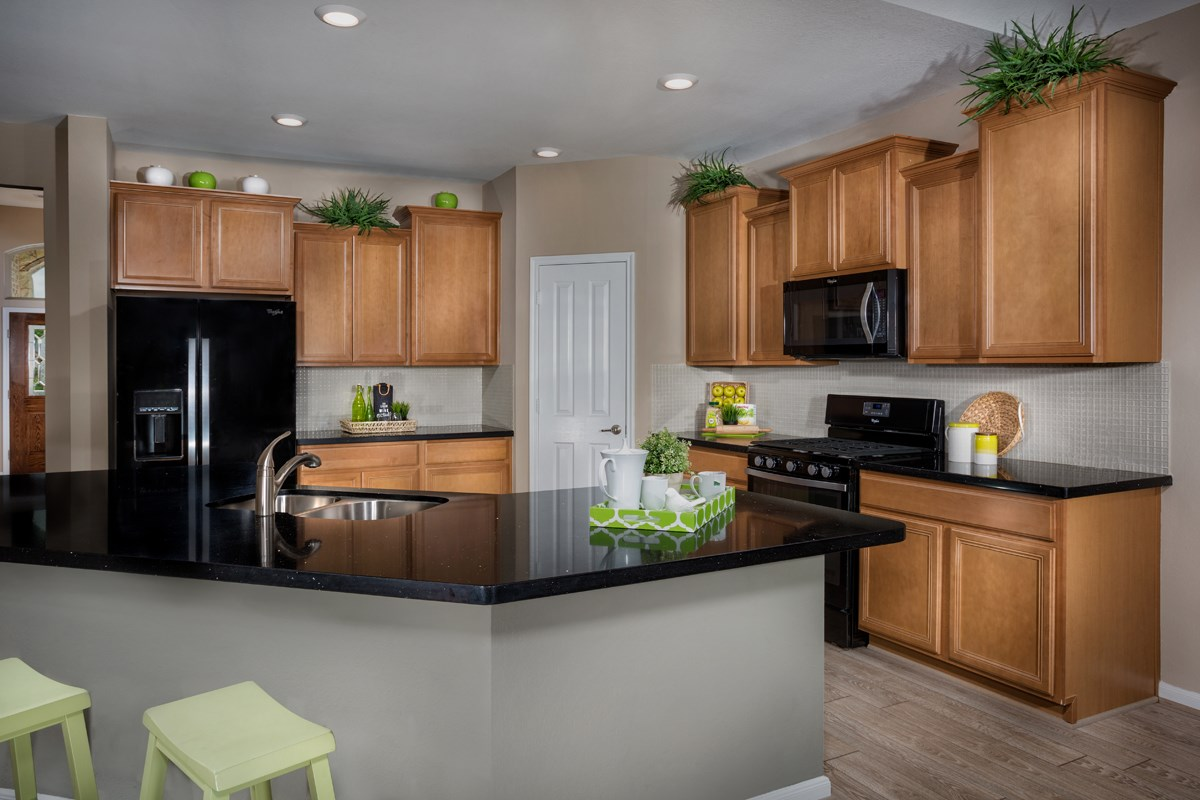 New Homes in Conroe, TX - Wedgewood Falls Preserve Plan 2130 Kitchen