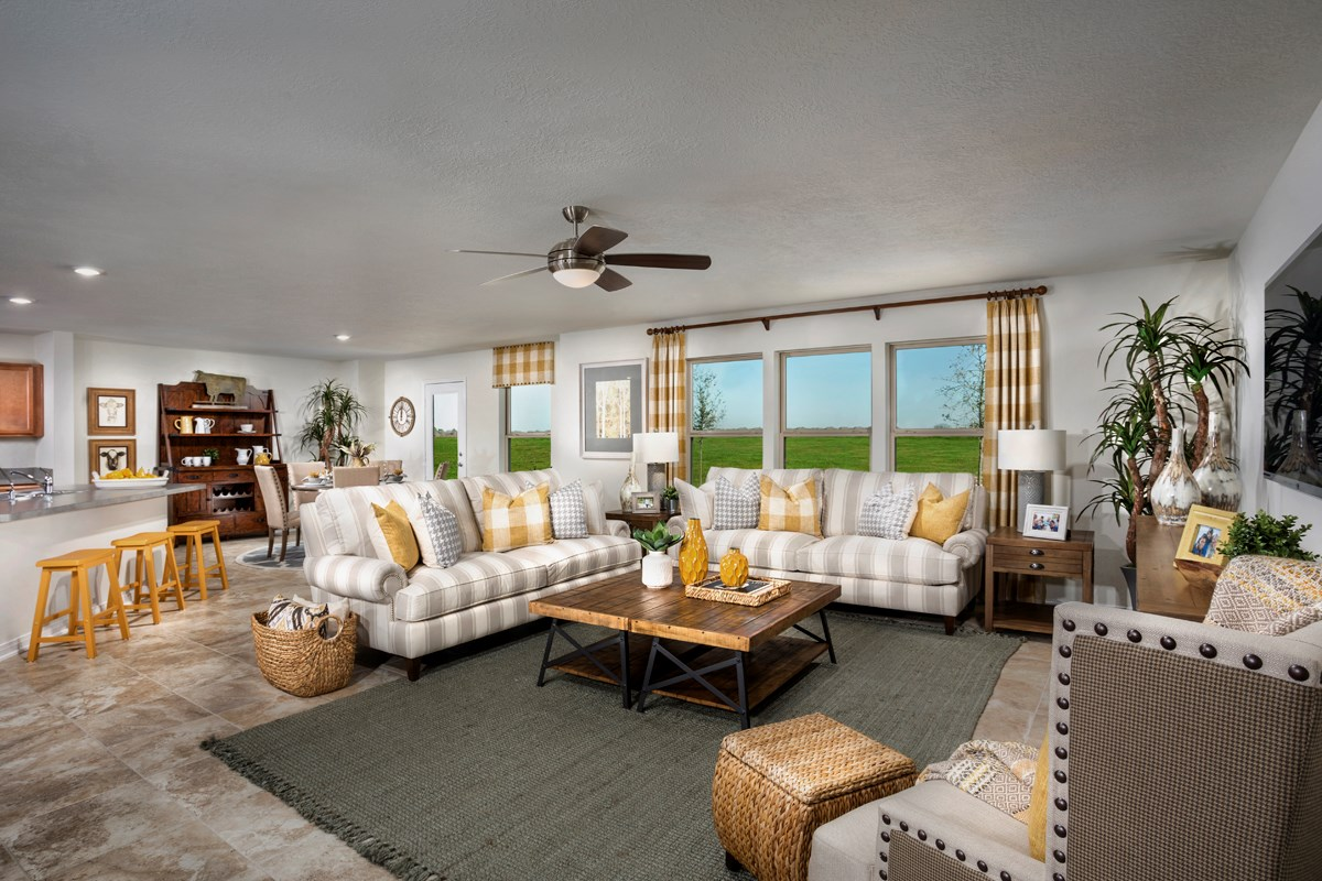 New Homes in Katy, TX - The Meadows at Westfield Village Plan 2961 Great Room