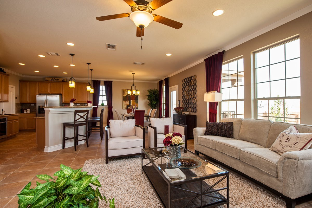 New Homes in New Braunfels, TX - Legend Point The 2403 Great Room