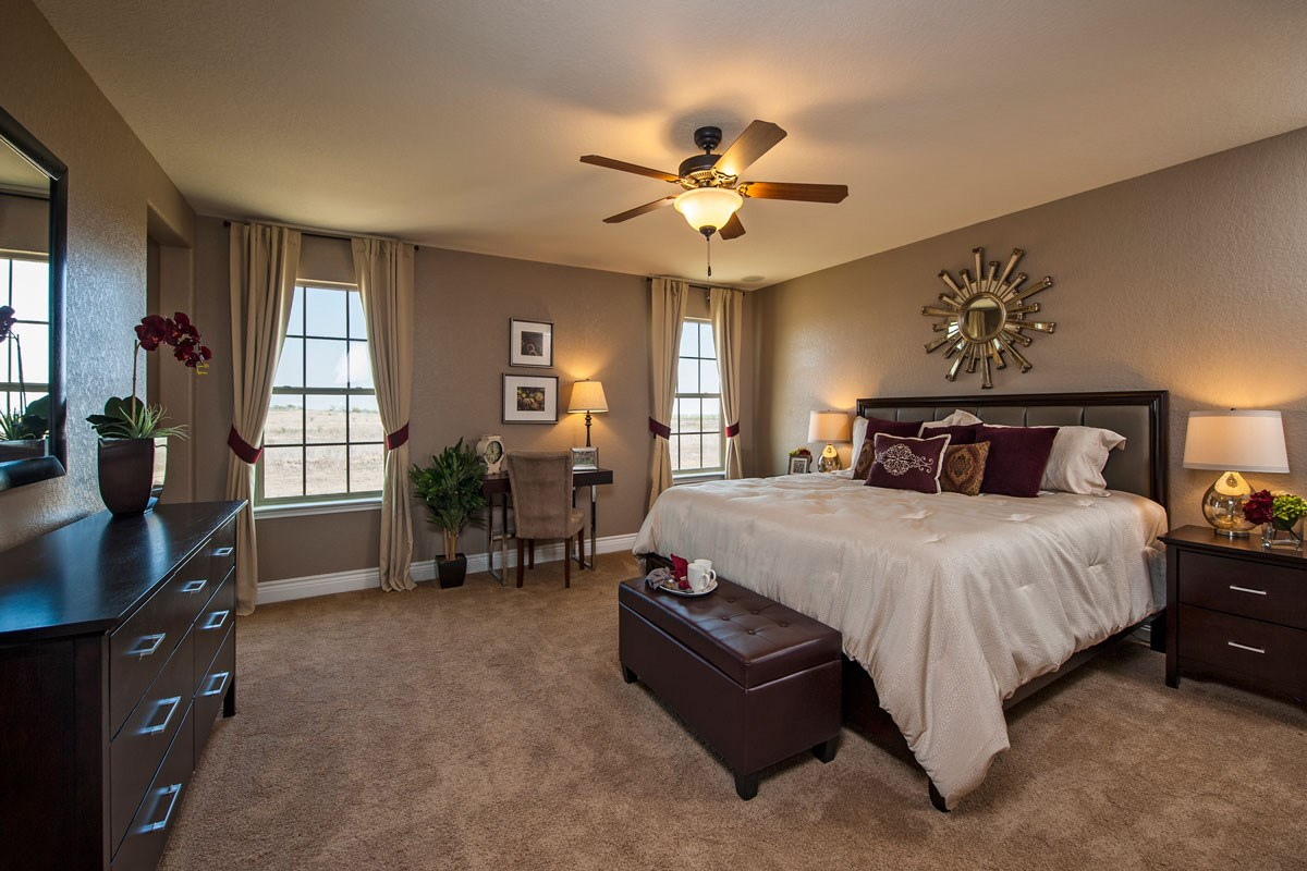 New Homes in New Braunfels, TX - Legend Point The 2403 Master Bedroom