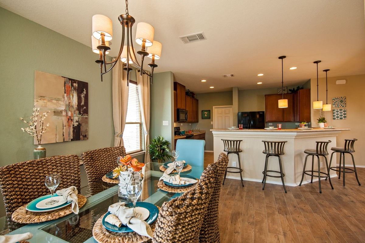 New Homes in New Braunfels, TX - Legend Point The 1647 Dining and Kitchen