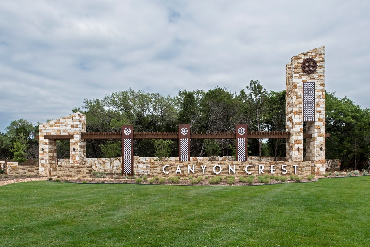New Homes in San Antonio, TX - Canyon Crest Community Entry