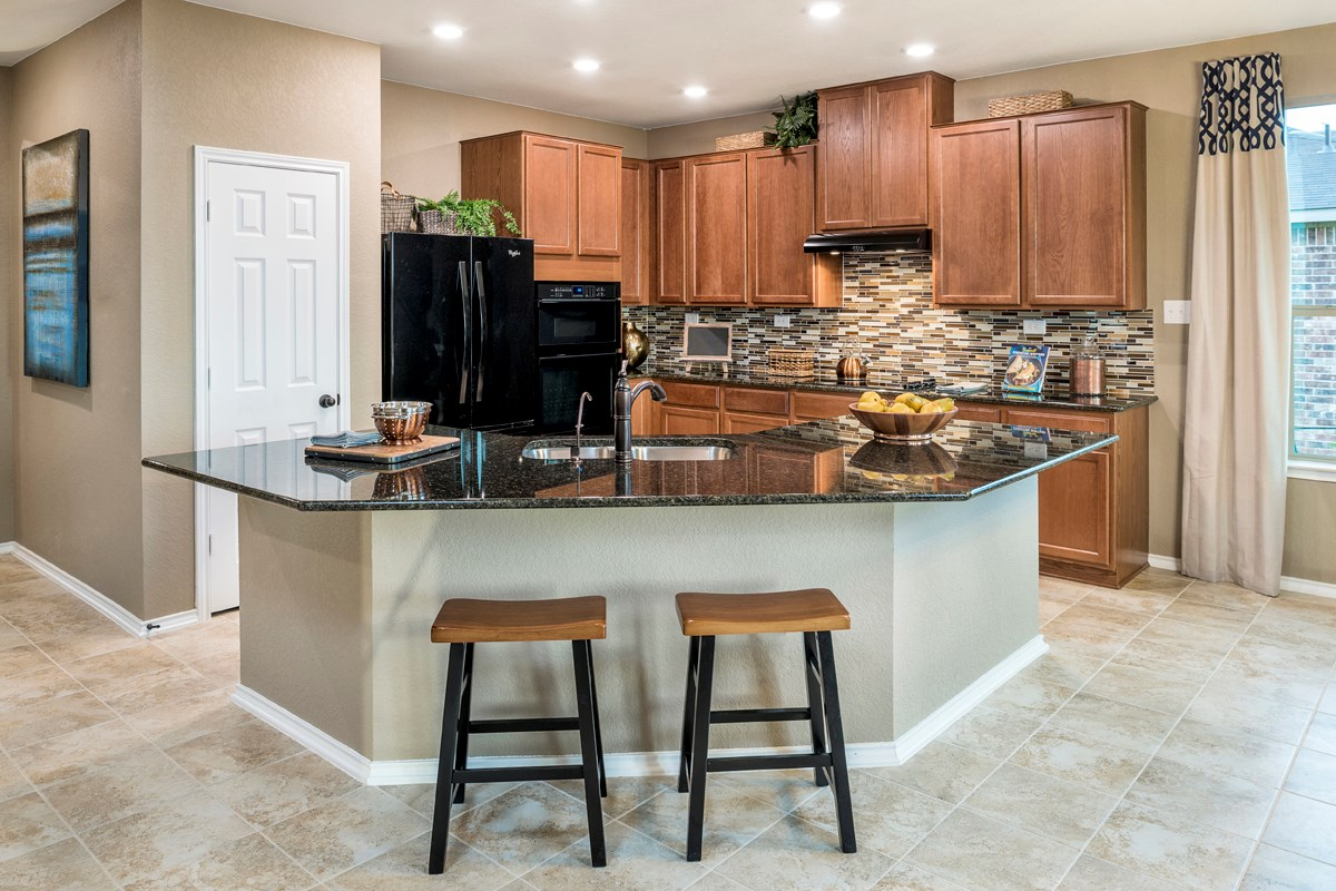 New Homes in Universal City, TX - Copano Ridge The 2004 Kitchen