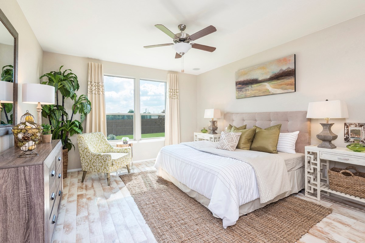 New Homes in Universal City, TX - Copano Ridge The 2502 Master Bedroom