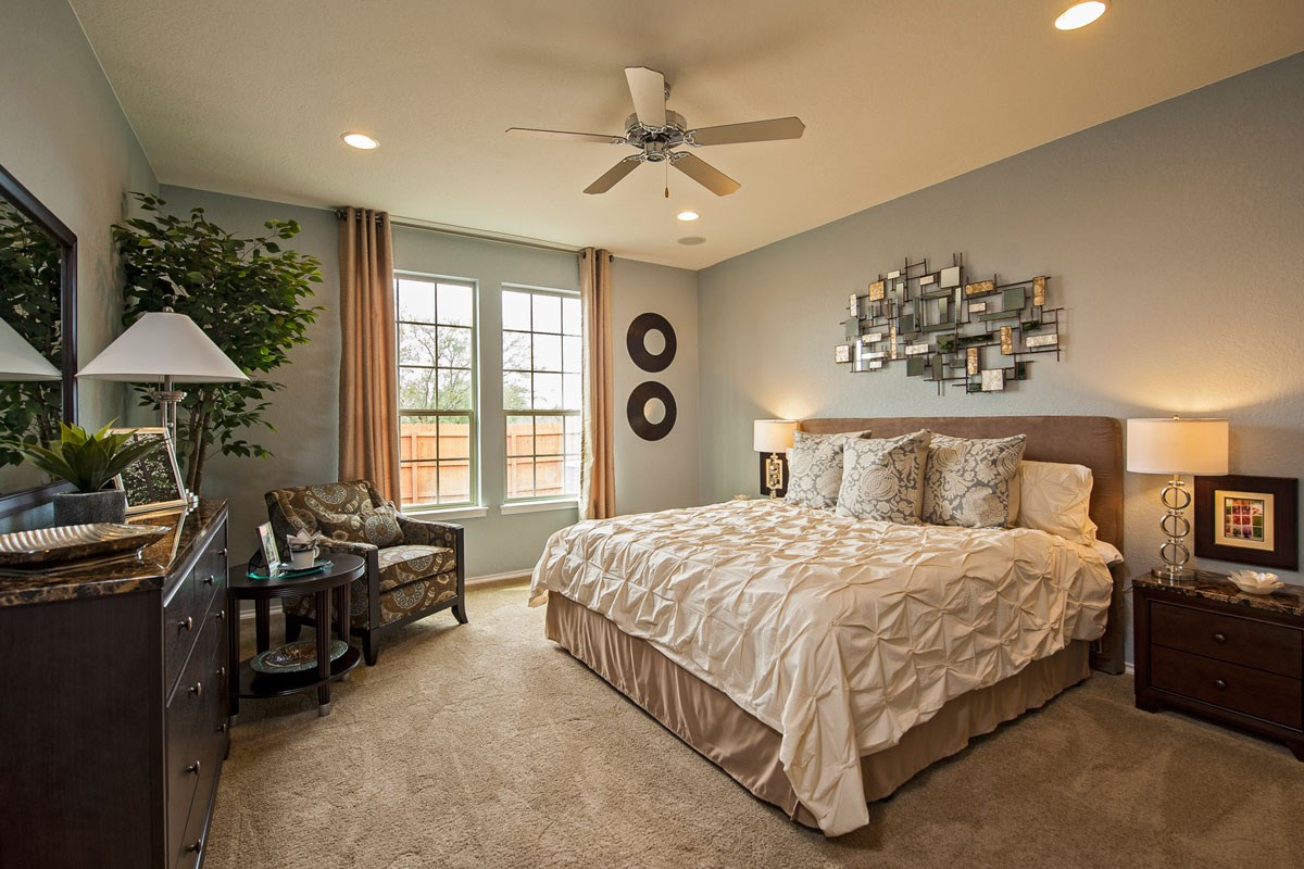 New Homes in Converse, TX - Heights of Copperfield The 2502 Master Bedroom