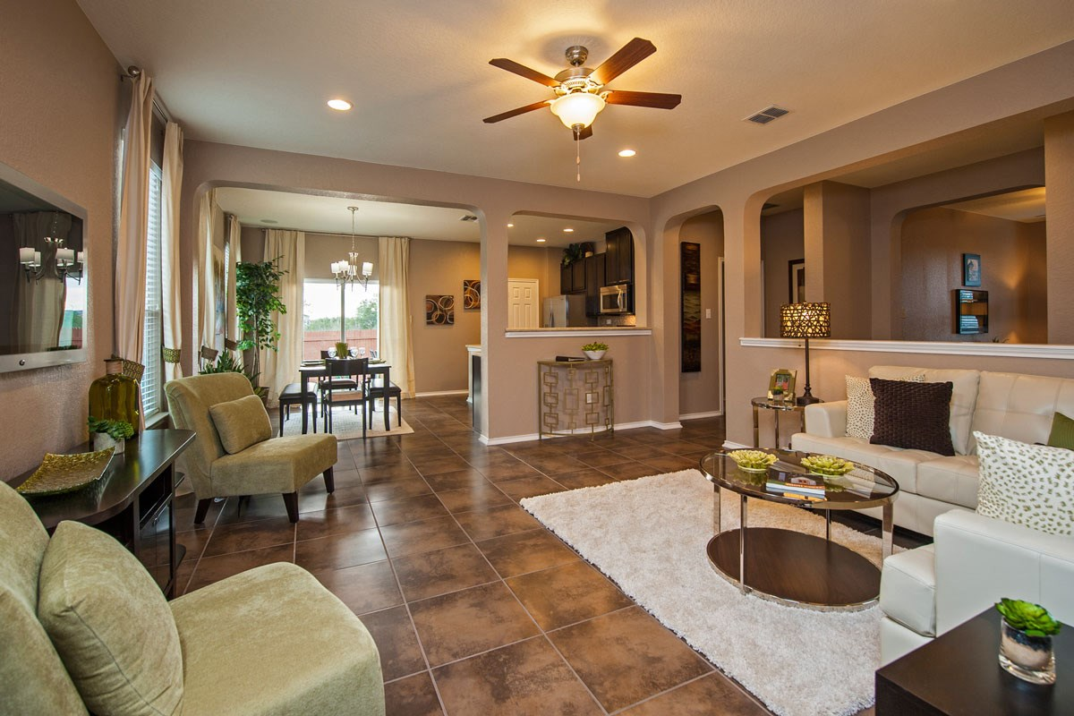 New Homes in Converse, TX - Heights of Copperfield The 1710 Great Room
