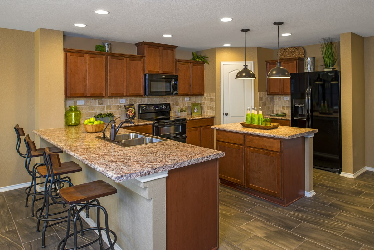 New Homes in San Antonio, TX - CrossCreek - Sterling & Heritage Collections The 2411 Kitchen