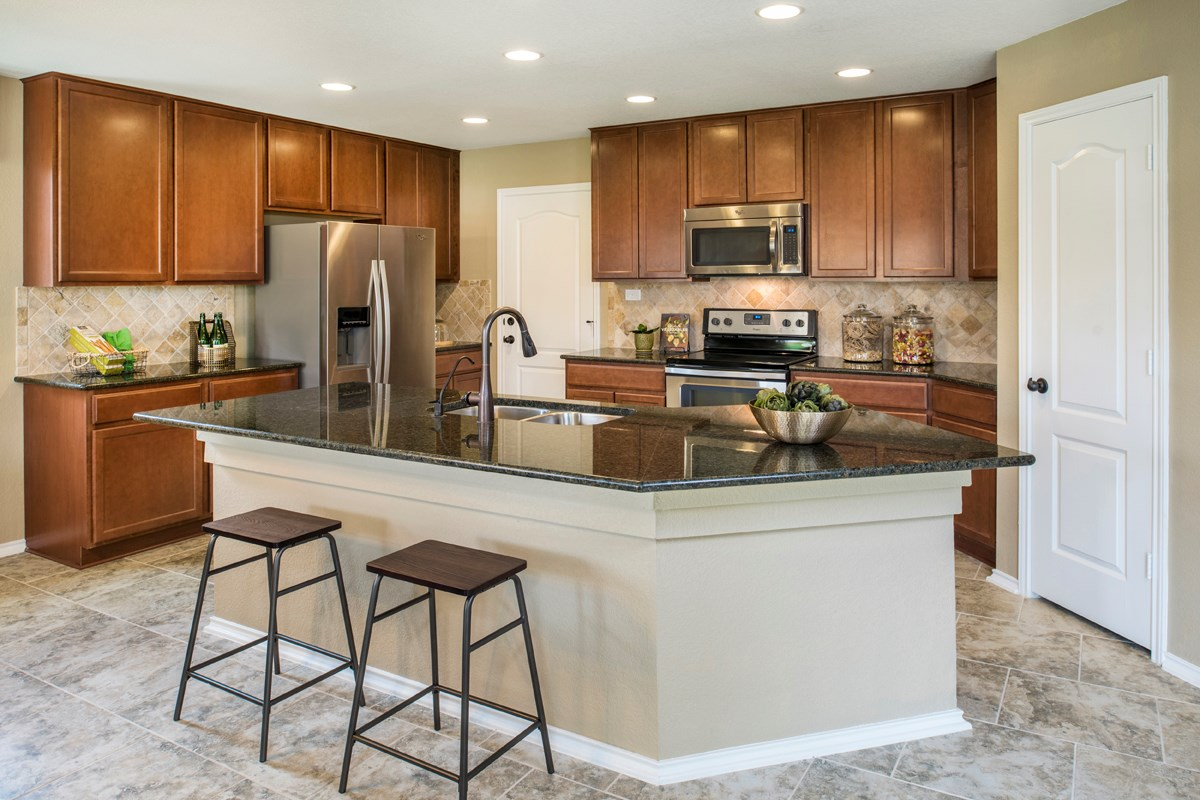 New Homes in San Antonio, TX - Dove Creek The 2403 Kitchen