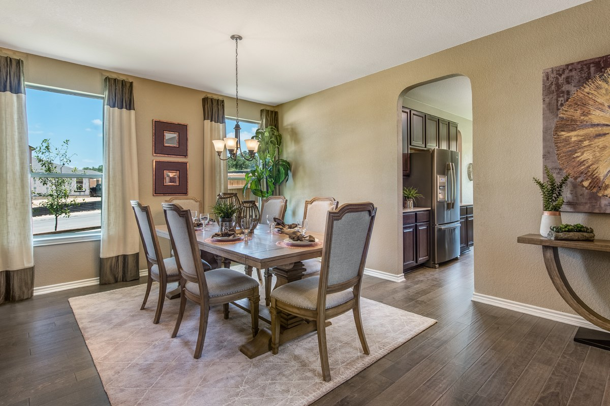 New Homes in Bulverde, TX - Edgebrook The 3125 Dining Room