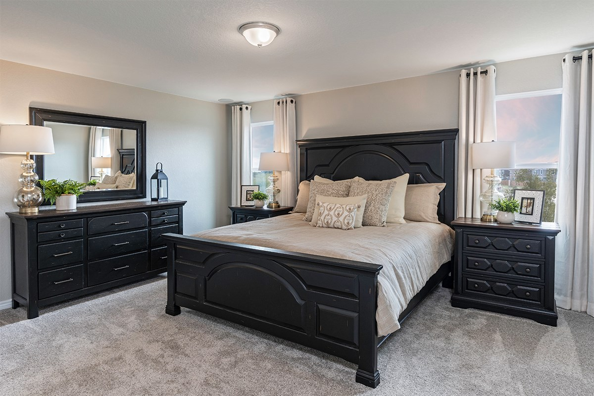 New Homes in San Antonio, TX - Falcon Landing The 2239 Master Bedroom