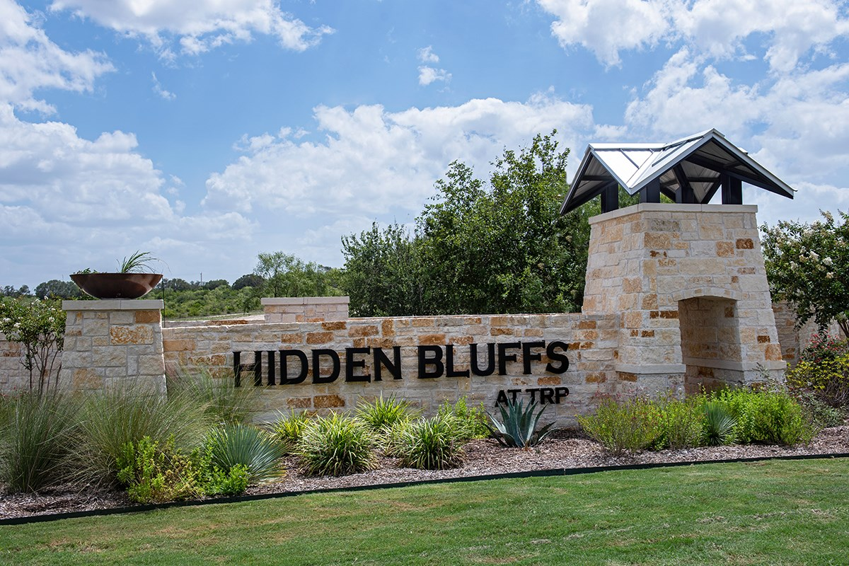 New Homes in San Antonio, TX - Hidden Bluffs at TRP Community Entry
