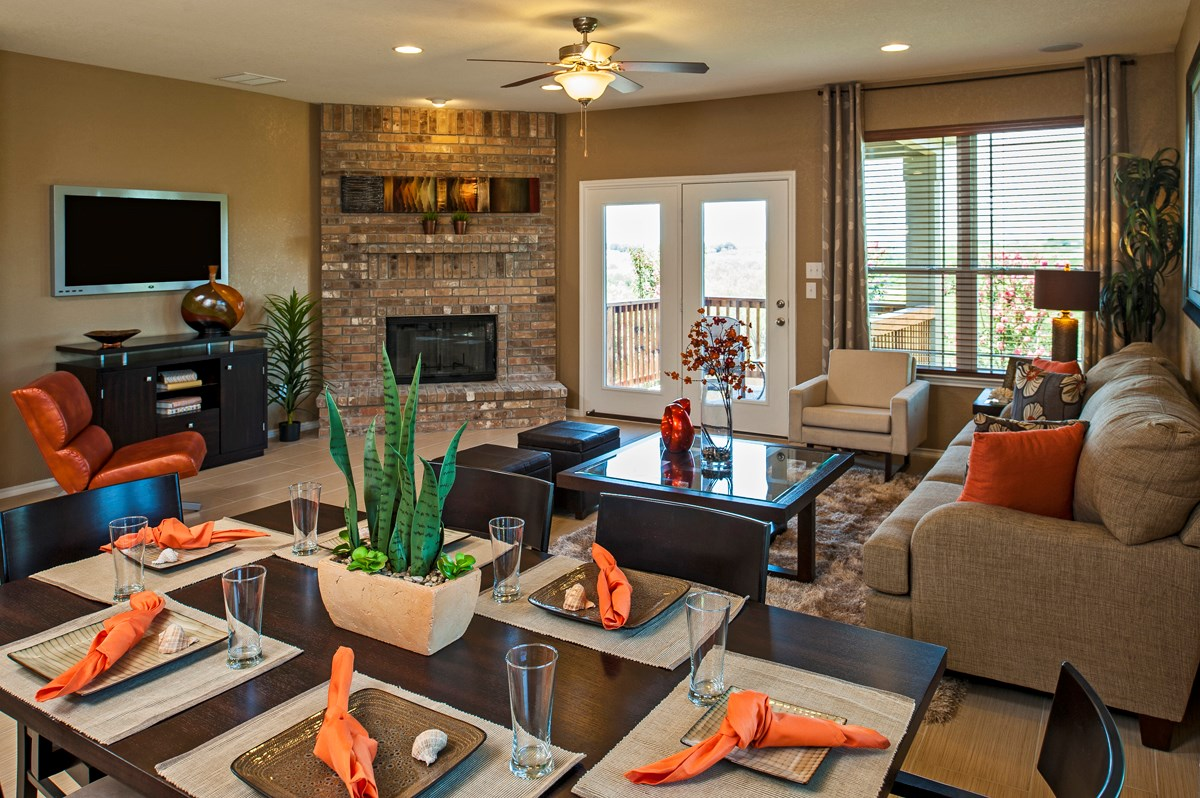 New Homes in Cibolo, TX - Landmark Pointe The 2004 Dining and Living Room
