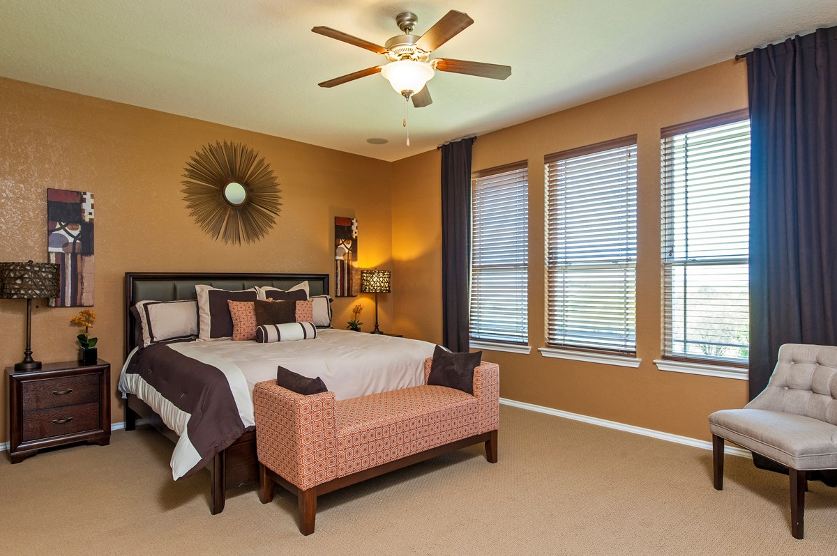 New Homes in Cibolo, TX - Landmark Pointe The 2004 Master Bedroom