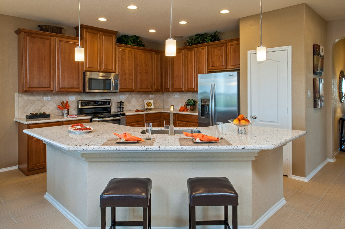 New Homes in Cibolo, TX - Landmark Pointe The 2004 Kitchen