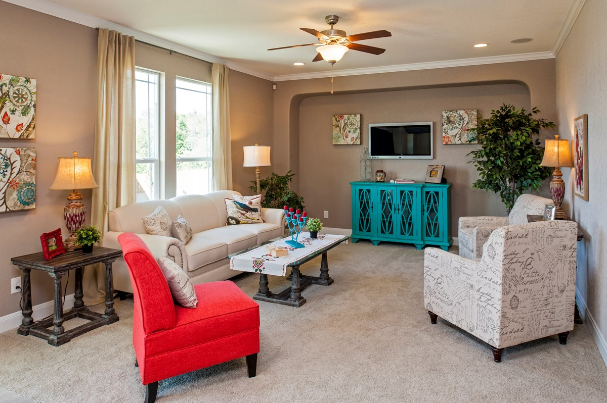 New Homes in Cibolo, TX - Landmark Pointe The 2655 Family Room