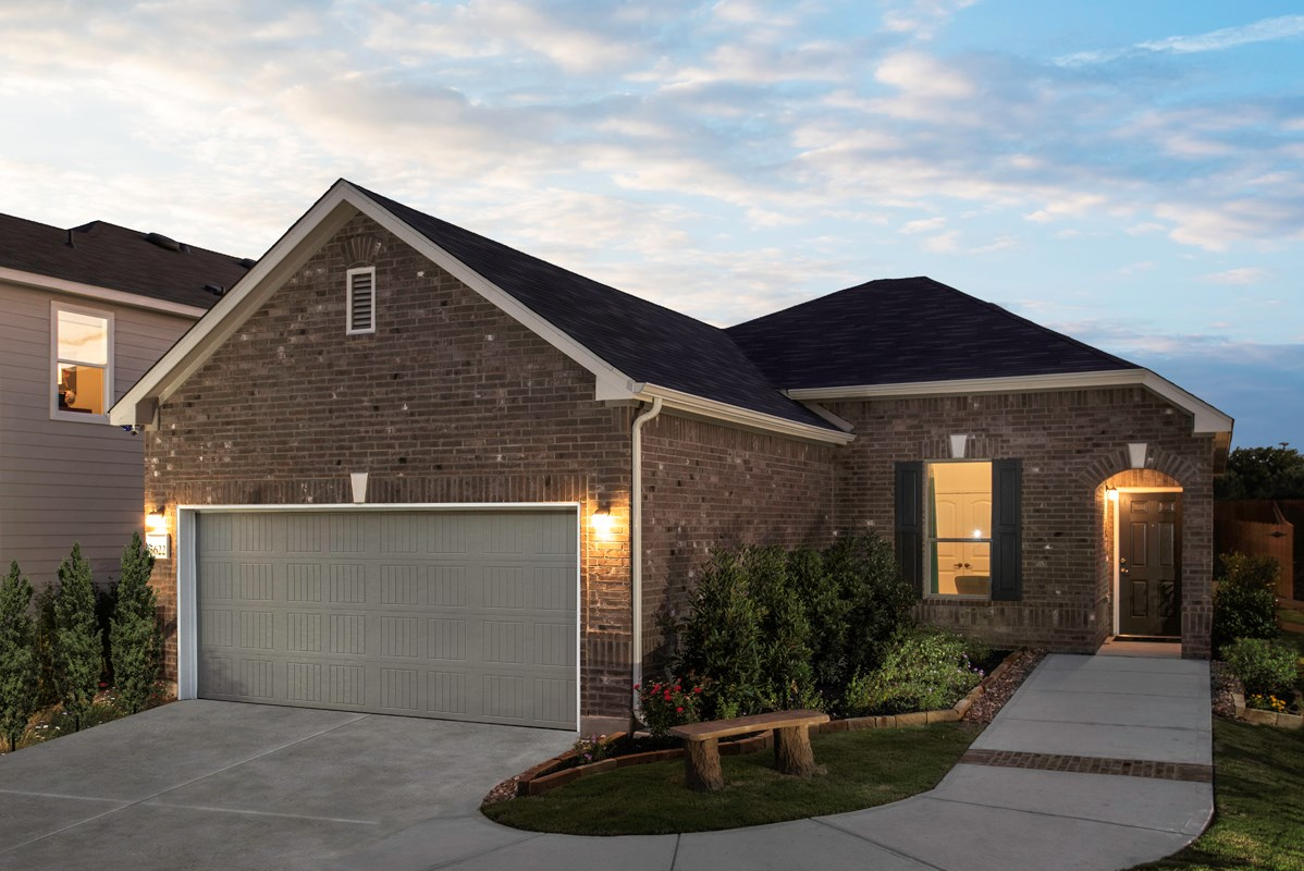 New Homes in Converse, TX - Knox Ridge The 1516 as modeled at Northeast Crossing