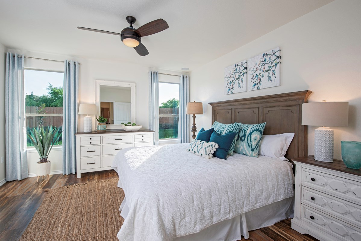 New Homes in Converse, TX - Knox Ridge The 1516 Master Bedroom as modeled at Northeast Crossing