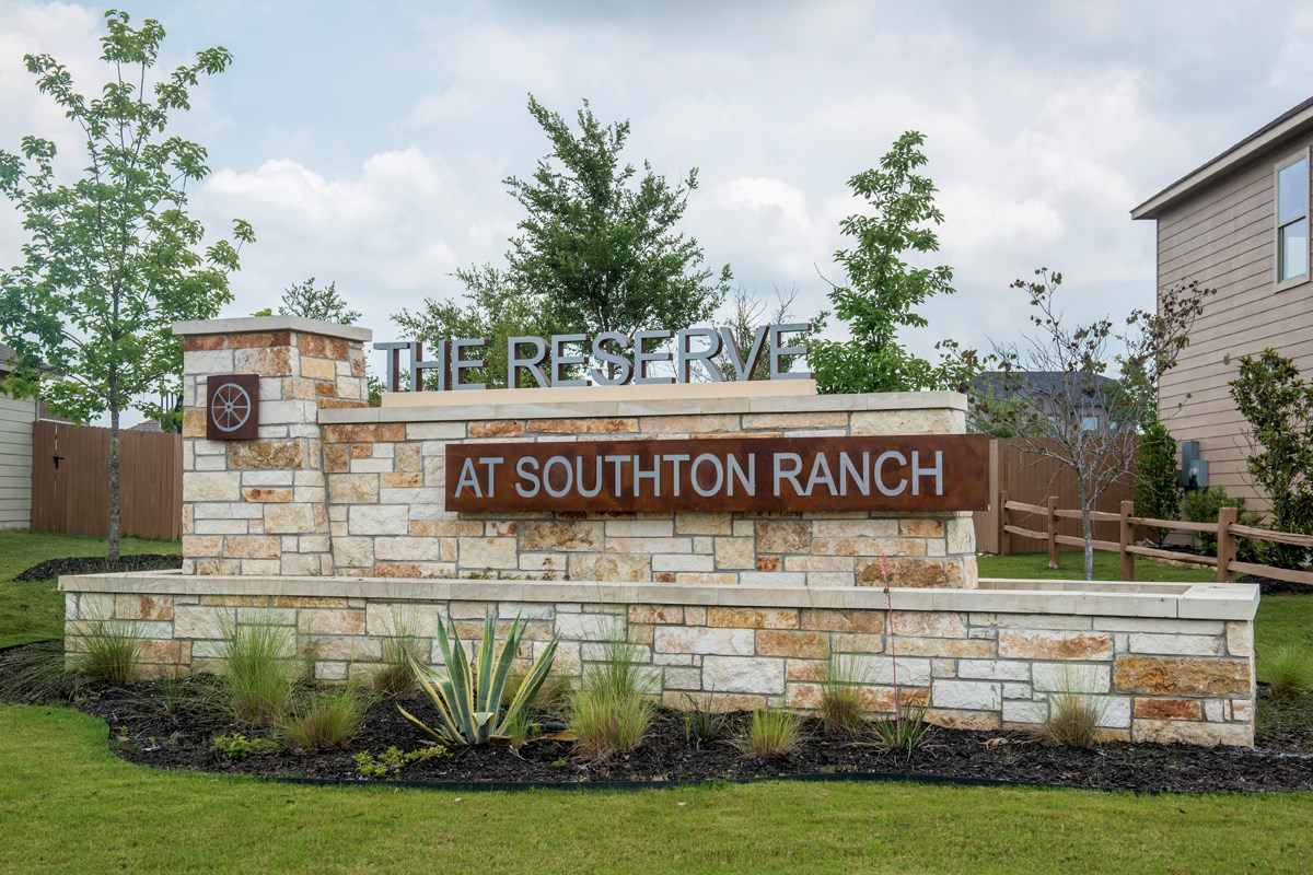 New Homes in San Antonio, TX - The Reserve at Southton Ranch Community Entry