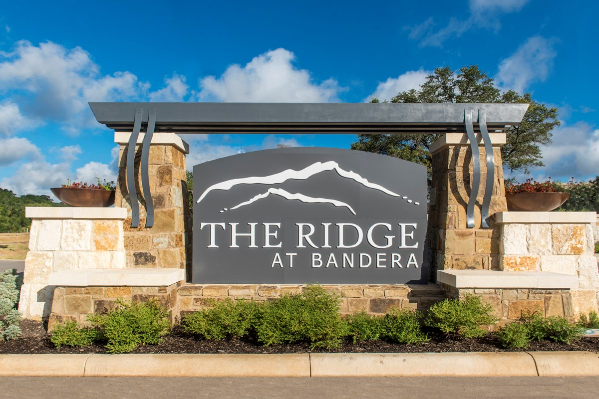 New Homes in Helotes, TX - The Ridge at Bandera Community Entry