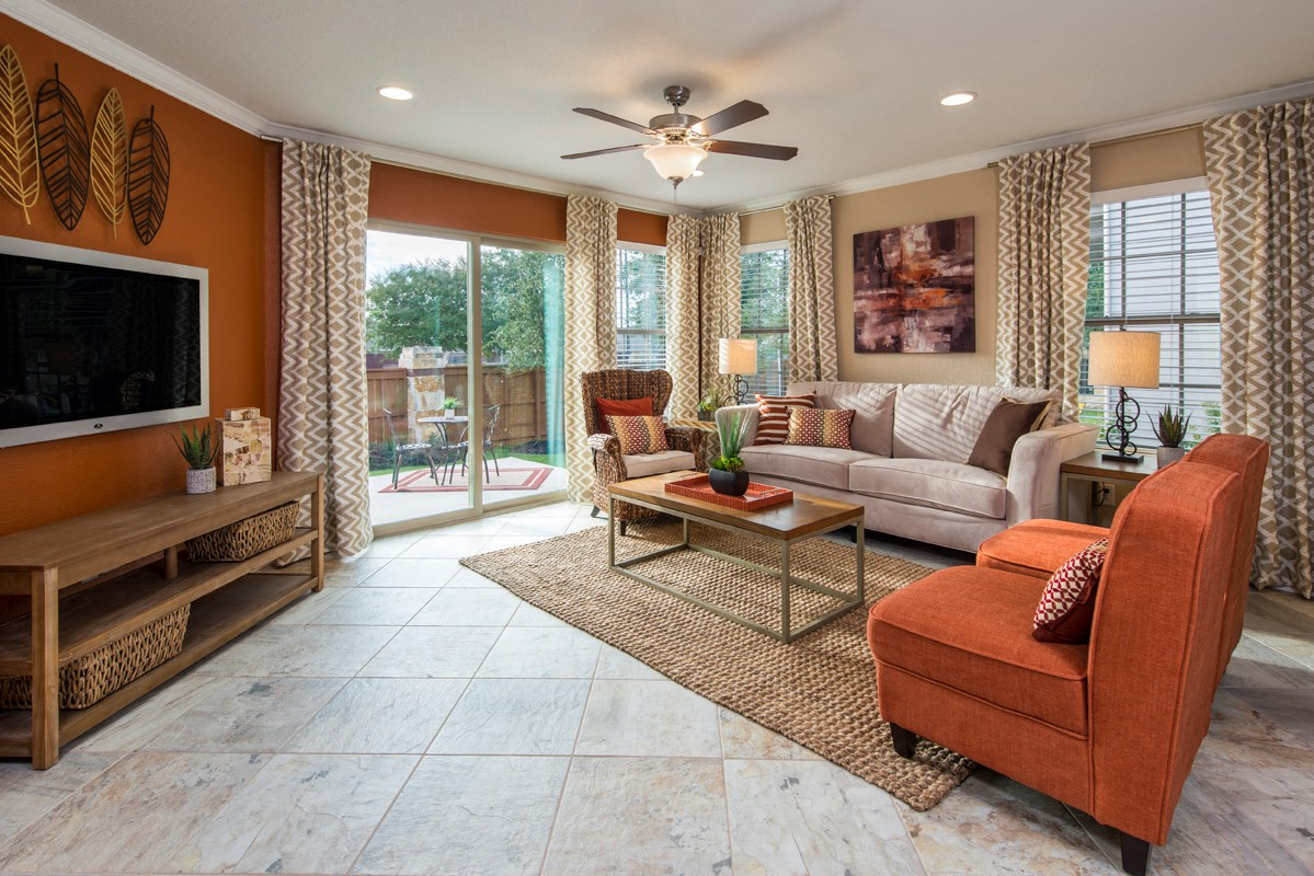 New Homes in Converse, TX - Windfield The 1694 Living