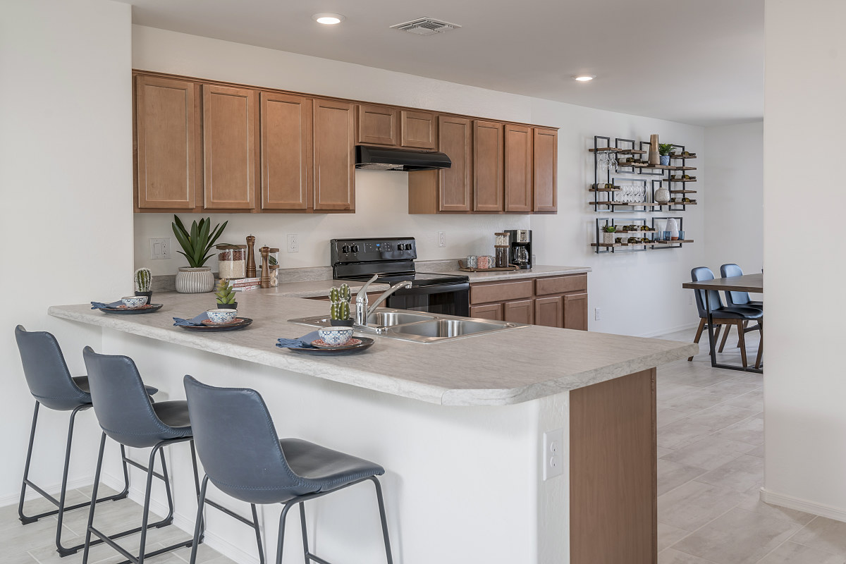 New Homes in Coolidge, AZ - Heartland Ranch Plan 1591 Kitchen