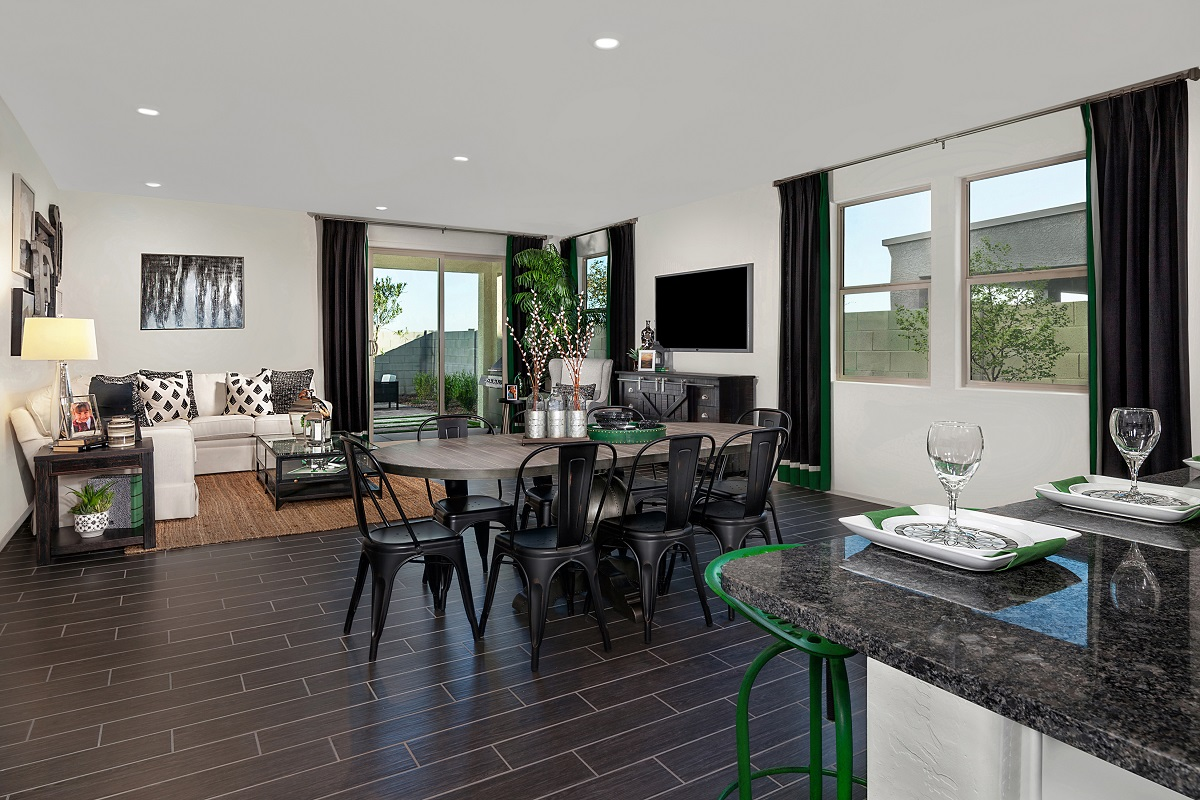 New Homes in Glendale, AZ - Marbella Ranch Plan 1908 Great Room