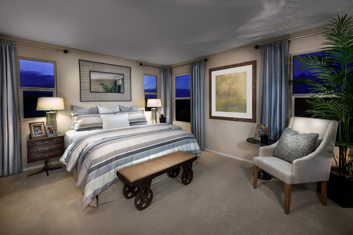 New Homes in Surprise, AZ - Villas at Sycamore Farms Plan 1932 Master Bedroom