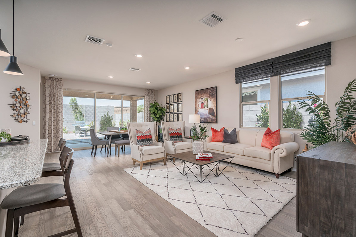 New Homes in Buckeye, AZ - The Traditions at Verrado Plan 1671 Great Room