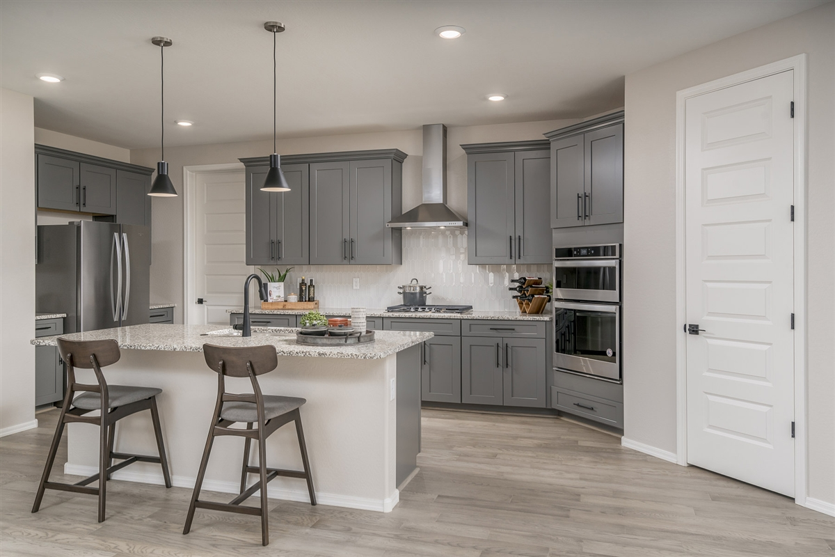 New Homes in Buckeye, AZ - The Traditions at Verrado Plan 1671 Kitchen