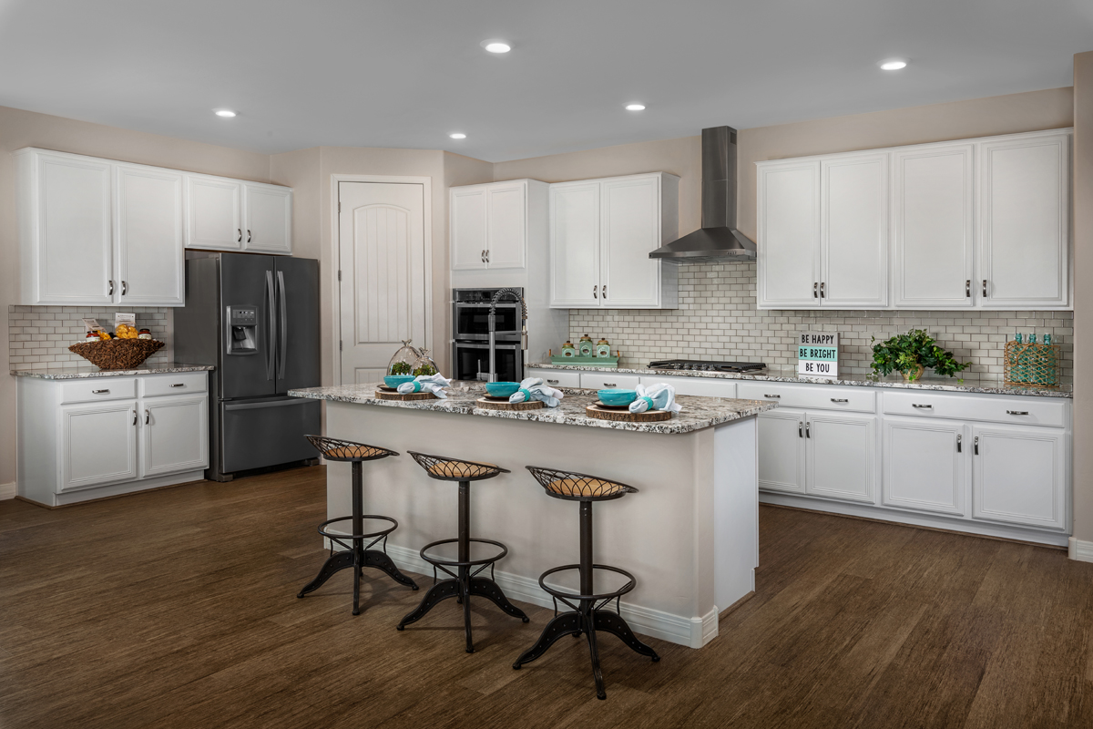 New Homes in Vail, AZ - Estates at Rancho Del Lago 2583 Kitchen