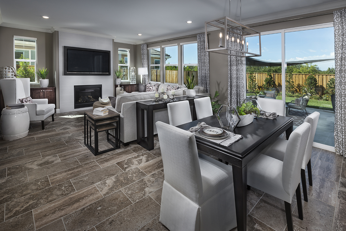 New Homes in Hollister, CA - Sunnyside Estates Plan 5 Great Room and Kitchen