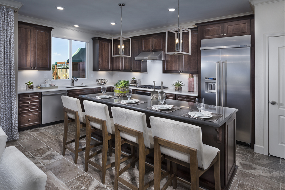 New Homes in Hollister, CA - Sunnyside Estates Plan 5 Kitchen