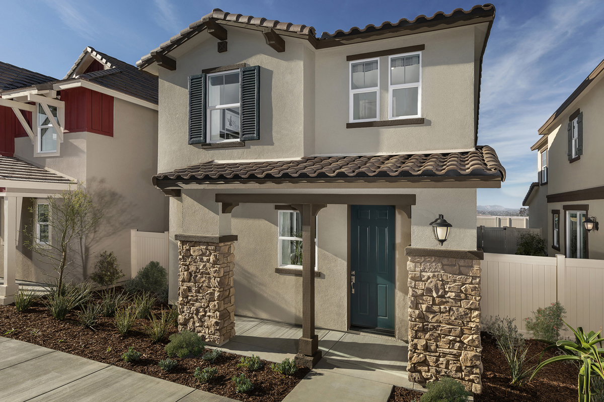 New Homes in Santa Clarita, CA - Plan 1579 Modeled