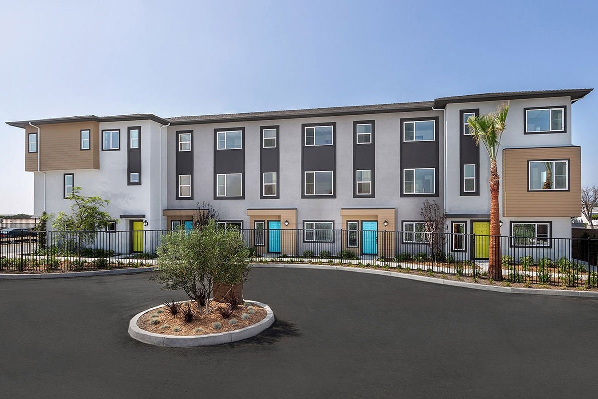 New Homes in Harbor City, CA - Cottages at Harbor Pointe Residence 1829