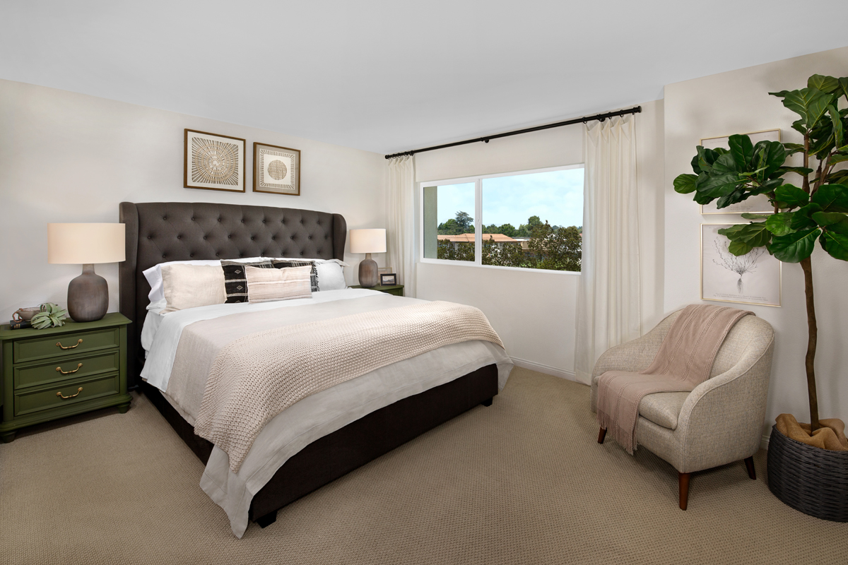 New Homes in Gardena, CA - Stonefield Plan 1784 Master Bedroom
