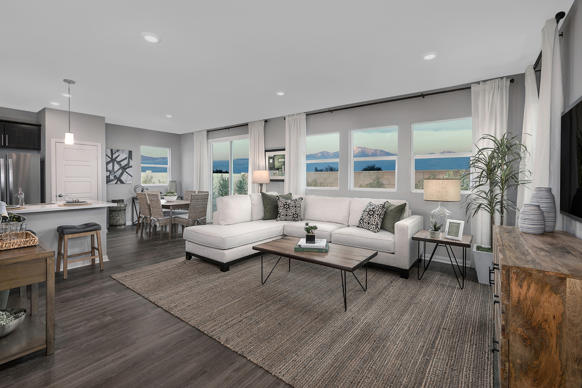 New Homes in Los Angeles, CA - Vista Pointe Residence 2 - Great Room