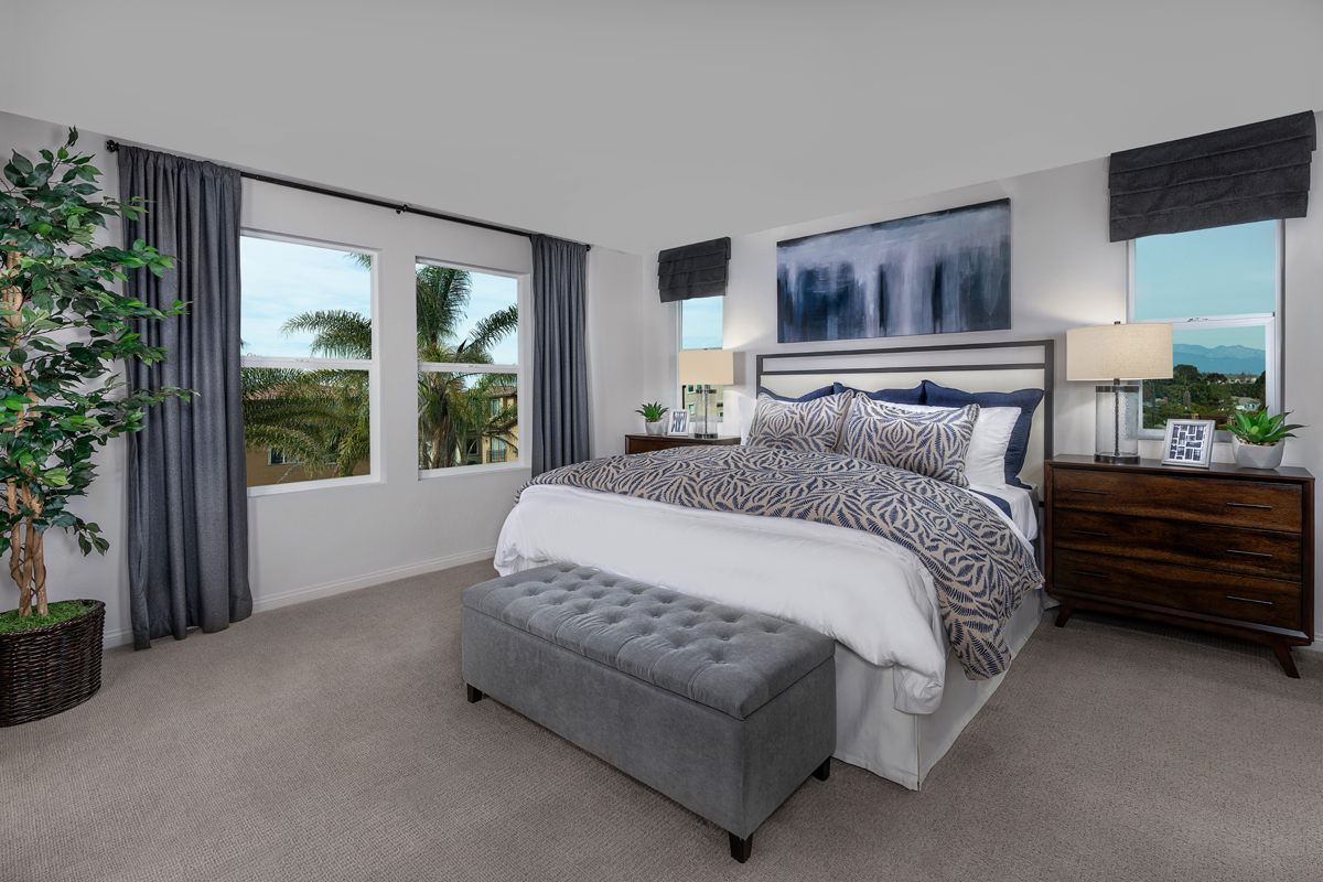 New Homes in Los Angeles, CA - Vista Pointe Residence 1 - Master Bedroom