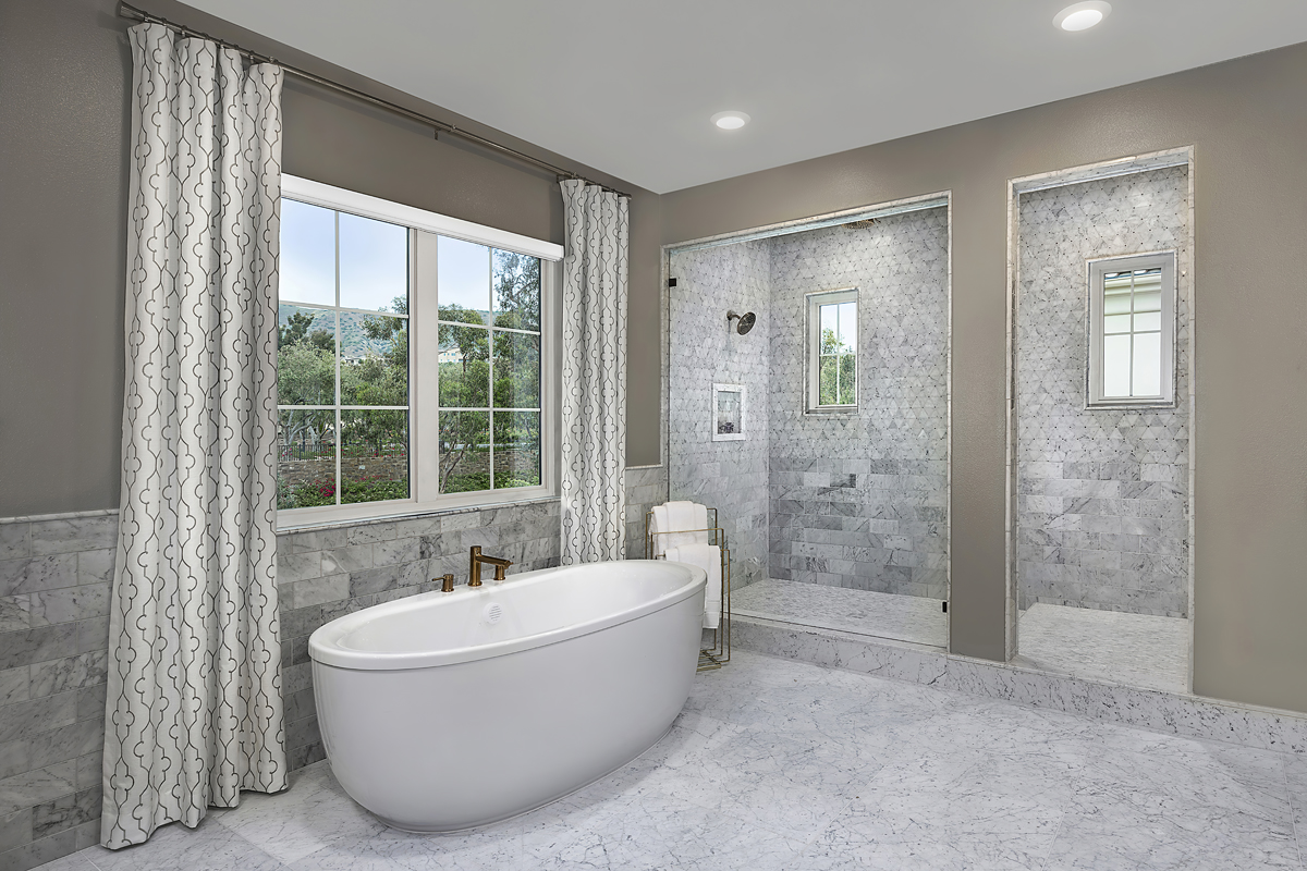 New Homes in Irvine, CA - Genoa at Orchard Hills Residence Two Master Bathroom Tub and Shower