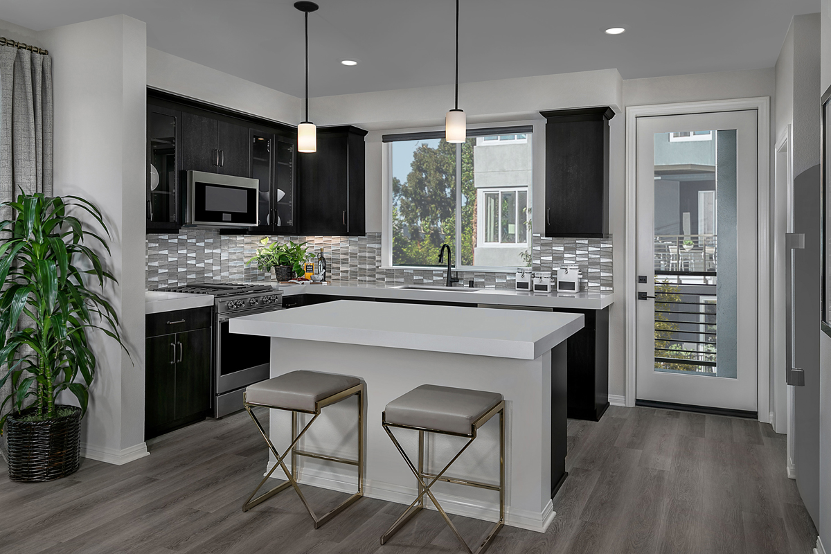 New Homes in Irvine, CA - Paseo Del Mar Residence 5 Kitchen