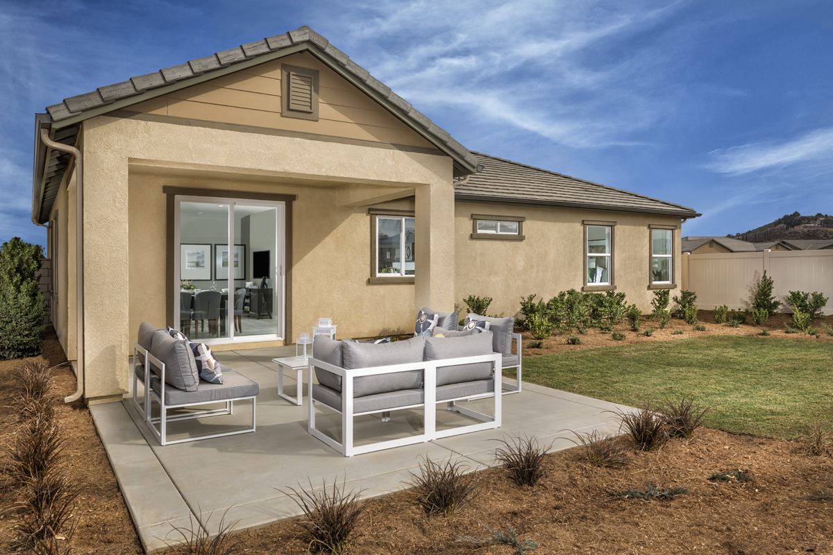 New Homes in Menifee, CA - Cypress at Hidden Hills Residence 1575 - Patio