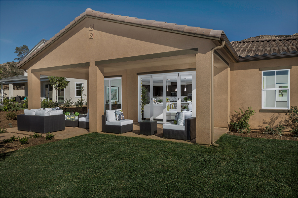 New Homes in Moreno Valley, CA - Daybreak Residence 2977 - Patio