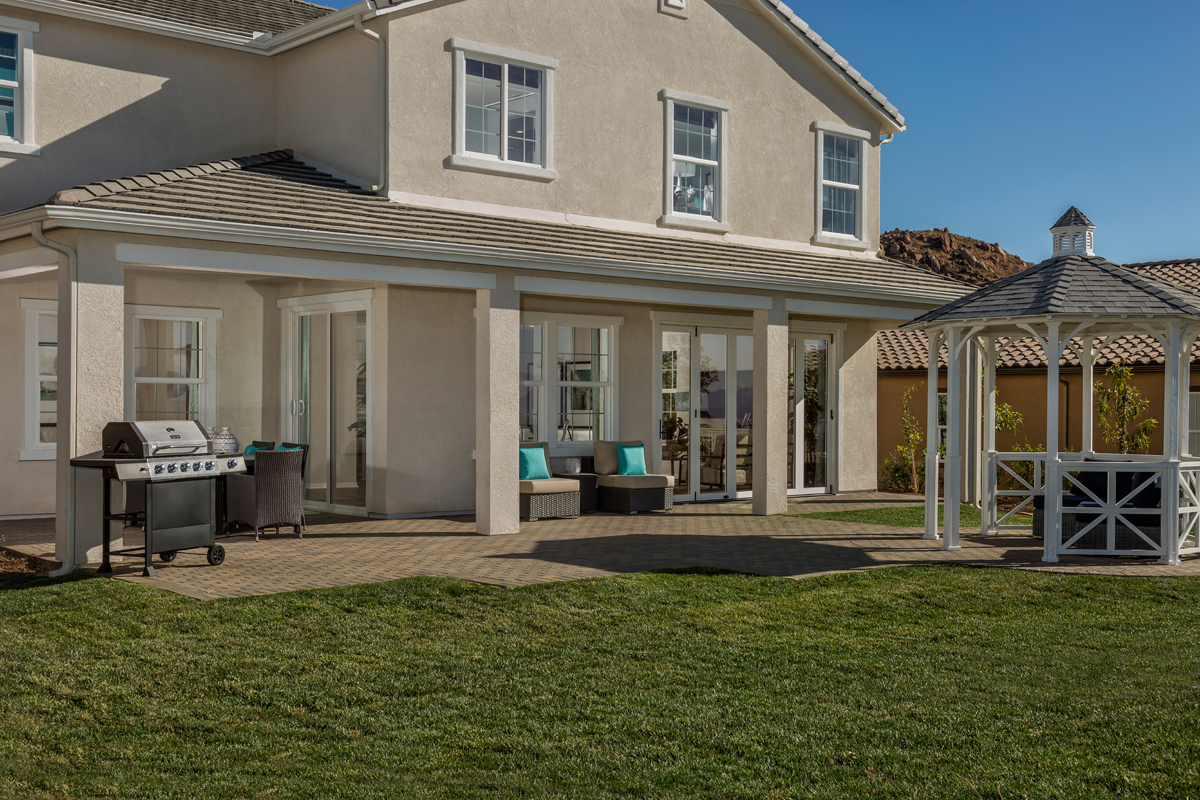New Homes in Moreno Valley, CA - Daybreak Residence 2854 - Patio