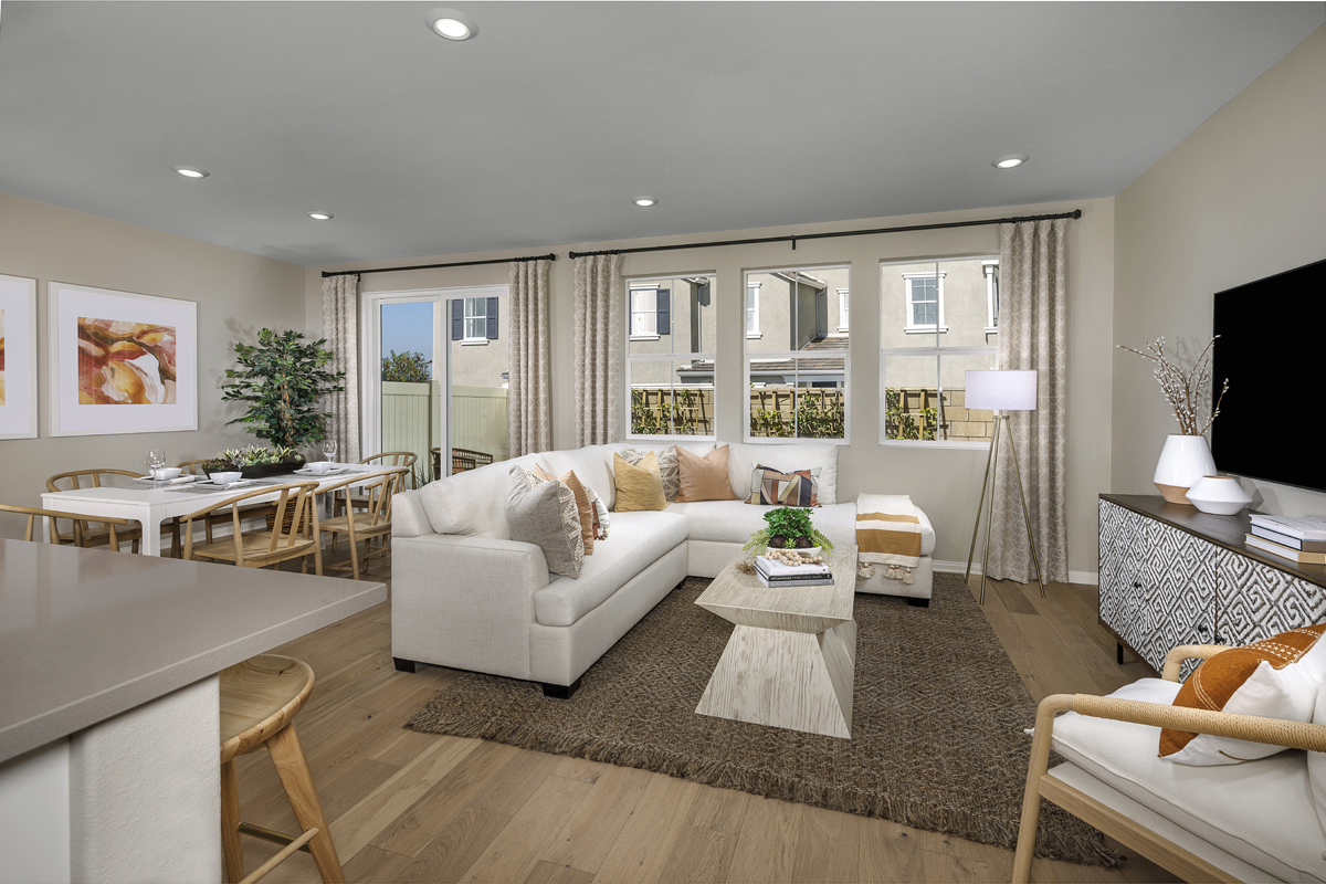 New Homes in Upland, CA - La Cresta at Sycamore Hills Plan 1832 - Great Room