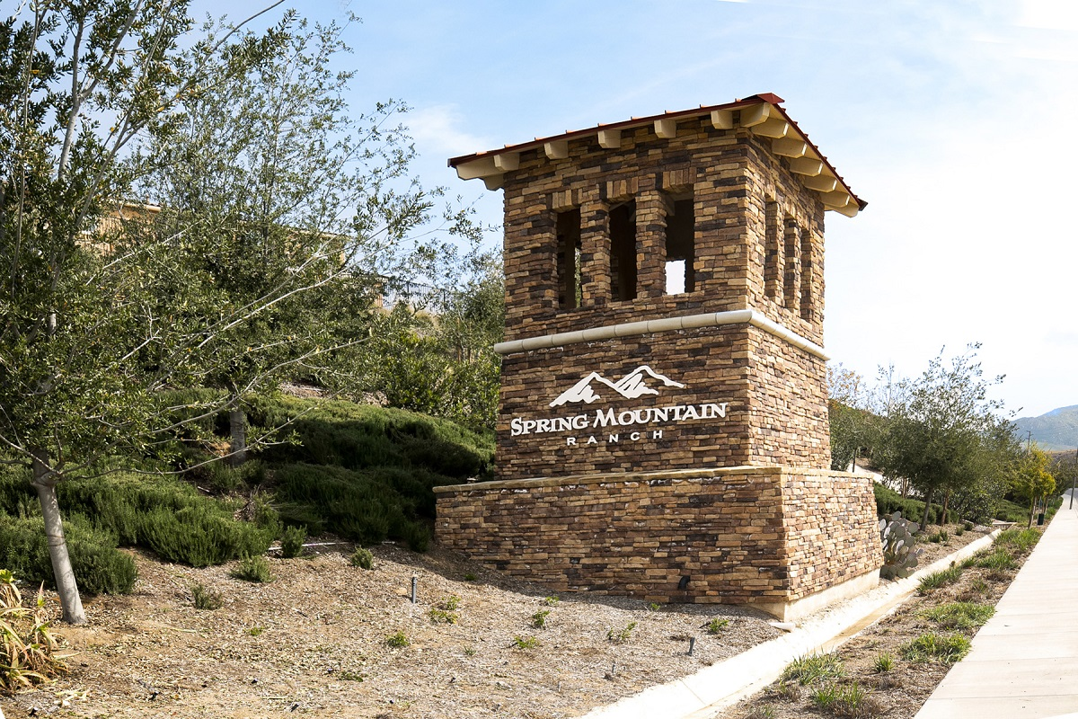 New Homes in Riverside, CA - Carmel Ridge at Spring Mountain Ranch Entry Monument
