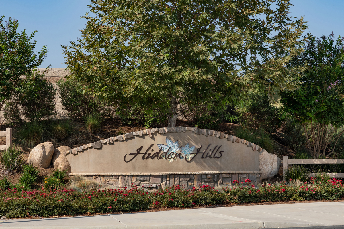 New Homes in Menifee, CA - Cypress at Hidden Hills Entry Monument